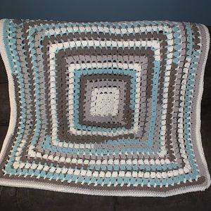 Handmade 50x50 plush granny sq living room throw
